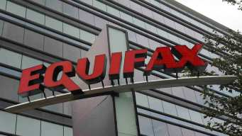 Former Equifax Chairman Apologizes for Data Breach