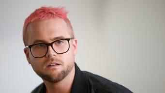 Ex-Cambridge Analytica Employee to Cooperate With DOJ Probe