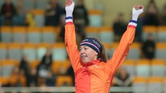 NJ Speedskater Fails to Medal in Women's 5000m