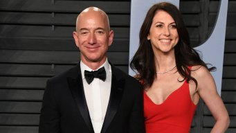Jeff Bezos to Keep 75 Percent of Couple's Amazon Stock After Finalizing Divorce