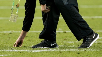 Levi's Stadium Turf Causes Issues for Super Bowl 50 Players