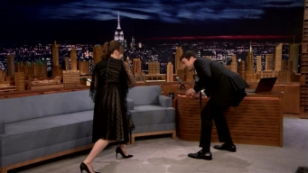 'Tonight': Felicity Jones Demos 'Star Wars' Fight Moves