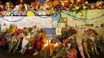 People in Toronto Share Hugs, Tears After Deadly Van Rampage