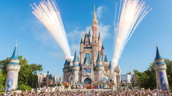 Disney World Has Discount for Visitors Who Want to Sleep in