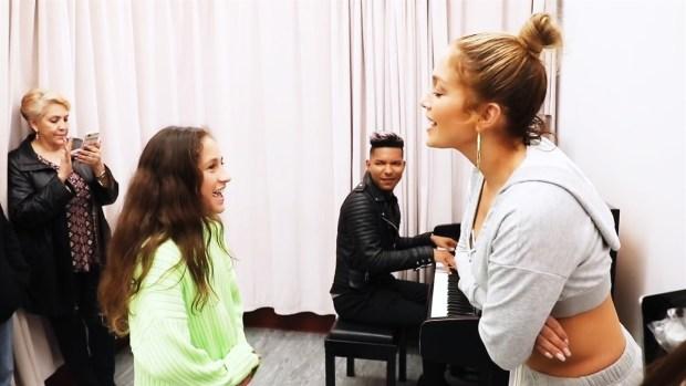 [MI] Proud Momma! JLo's Daughter Slays Alicia Keys Cover