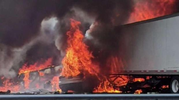 [MI] 5 Children Among Dead in Fiery Crash Near Gainesville