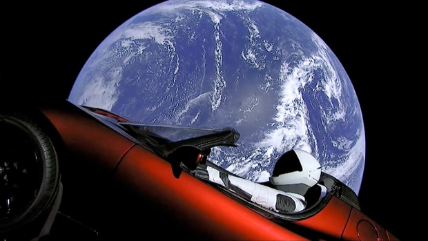 [NATL] 'Starman' Orbits Earth in Musk's Tesla