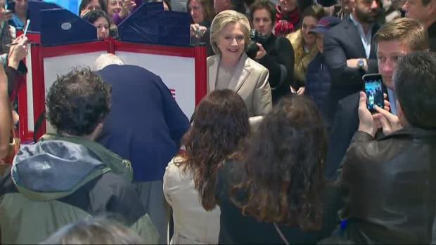 [NATL] Lines Wrap Around Polling Places in Historic U.S. Election