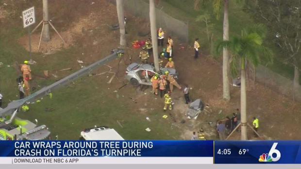 [MI] Car Wraps Around Tree in Turnpike Crash in Miami-Dade