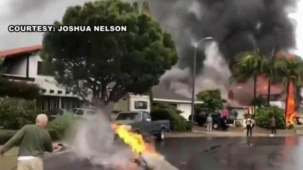 [NATL-LA] Neighborhood Grieves Lives Lost When Disintegrating Plane Crashed Onto House