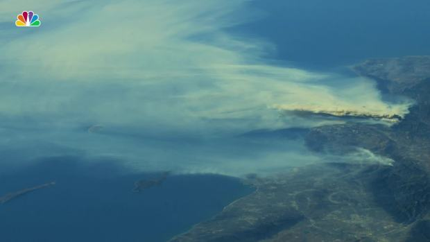 [NATL]   Astronaut shares incredible photos of California. Forest fires from space