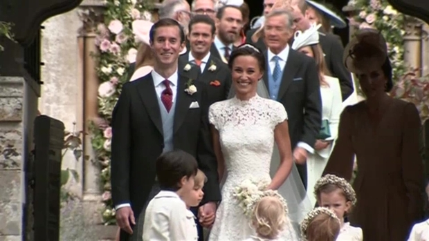 [NATL] WATCH: Pippa Middleton Post-Wedding Kiss