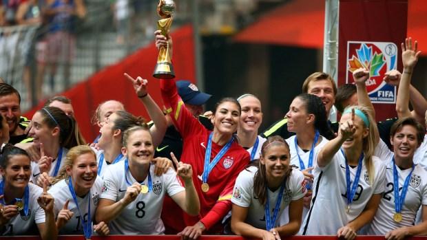 [NATL] Top Photos: U.S. Defeats Japan to Win 2015 World Cup