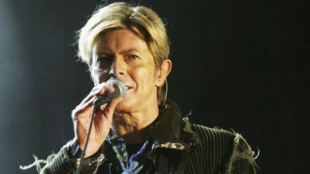 Memorials Pop up in NYC to Pay Tribute to David Bowie