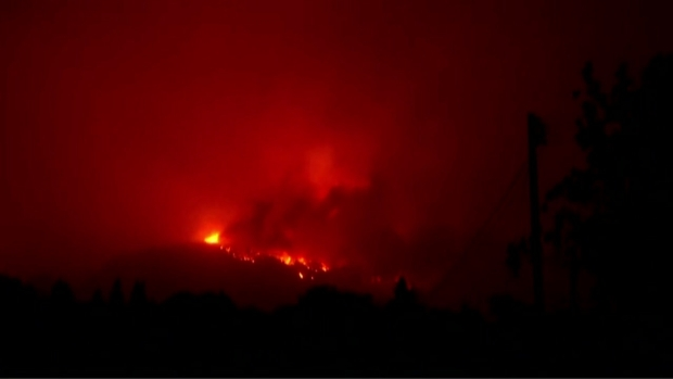 RAW: Wildfire Burns Out of Control, Prompts Evacuations in Napa County