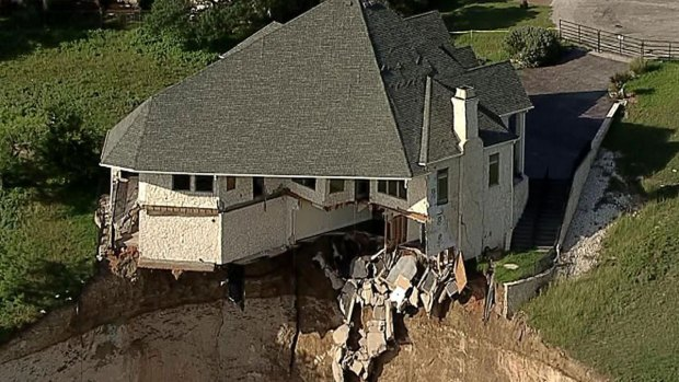 [DFW] House on Lake Whitney Cliff to Get Burned Friday