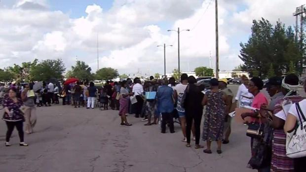 [MI] Long Lines for Hurricane Irma Food Program Recipients
