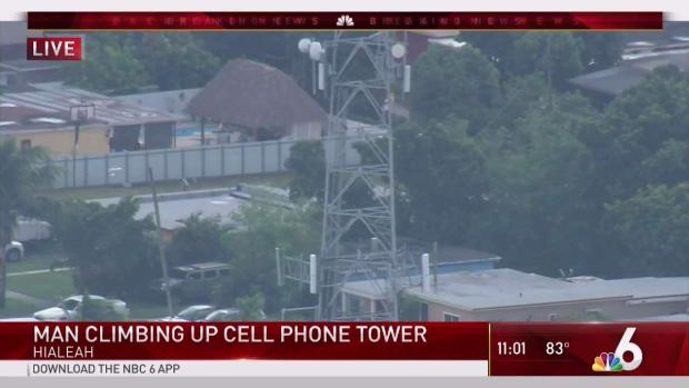 [MI] Man Climbs Cellphone Tower in Hialeah