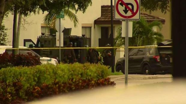 [MI] Man Dead After Barricading Inside Miami-Dade Home