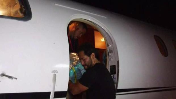 [MI] Miami Beach Mayor Takes Relief Supplies to Puerto Rico