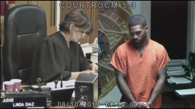 [MI] Michael Holston, AKA Real Tarzann, Appears in Bond Court