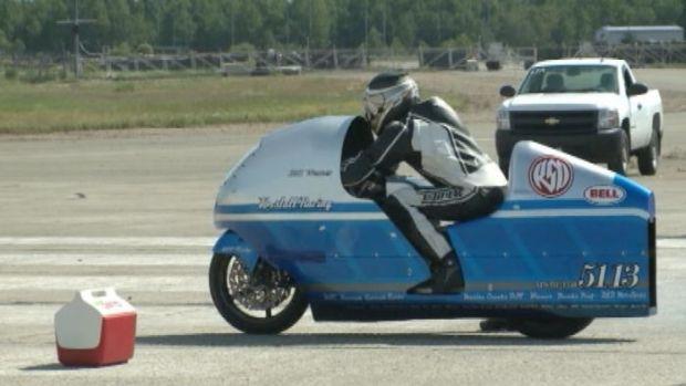 [NATL] Motorcycle Daredevil's Fatal Ride