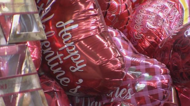 [NATL] Valentine's Day on Track to Break Spending Record