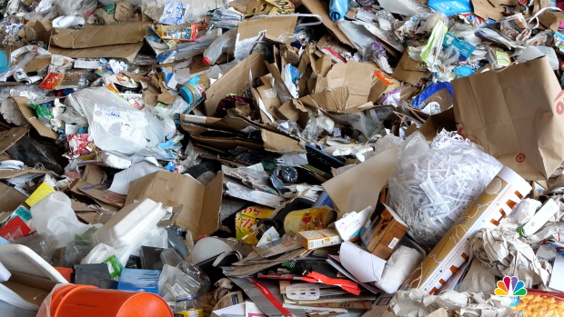 Burbank Recycling Center >> Recycling Breaks Down Us Struggles To Keep Plastic From The Dump