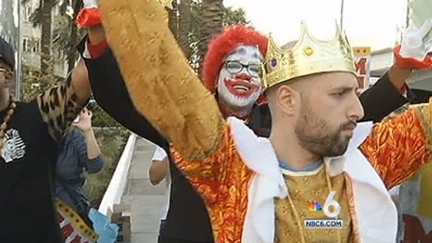 [MI] Rapper Battles Ronald McDonald and the Burger King at Miami Beach Fast Food Worker Protest