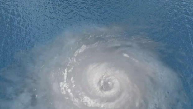 [MI] Stronger Hurricanes Linked to Warming Temperatures