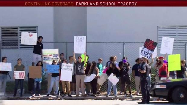 [MI] Students Protest Gun Violence at Broward School