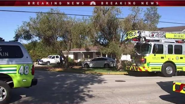 [MI] Two People Pulled From House Fire in SW Miami Dade