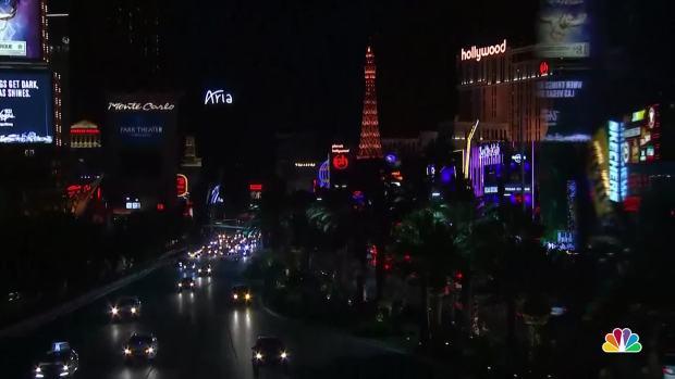 [NATL]Las Vegas Strip Dims for Shooting Victims