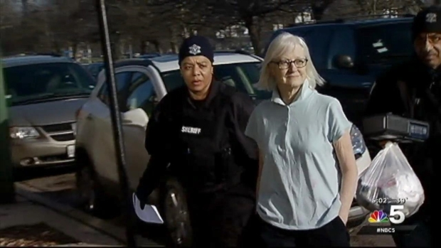 Serial Stowaway Held on $200K Bond