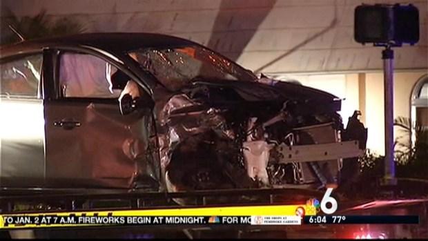 [MI] 4 Injured in Violent Crash in Hollywood