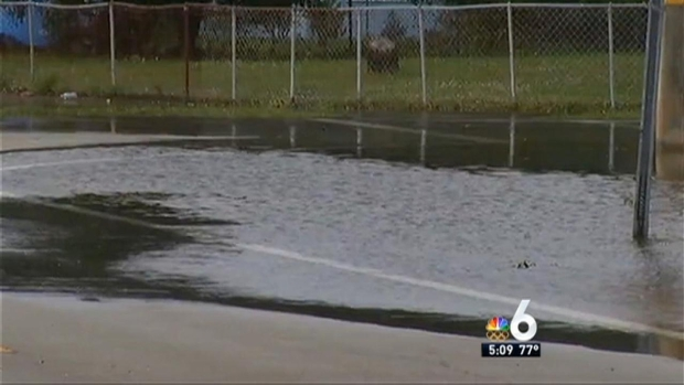 [MI] Water Main Break in Miami Gardens Causes Some Flooding