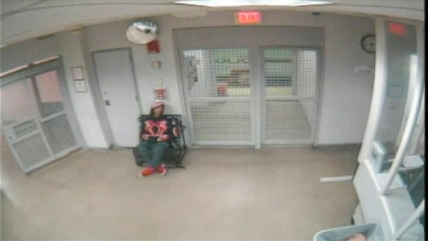 [MI] RAW VIDEO: Justin Bieber Waits in Jail Following Miami Beach Arrest