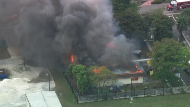 [MI] Sunrise Blaze Sends Flames Through Roof