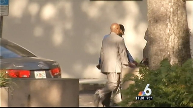 [MI] North Miami Mayor Surrenders to FBI