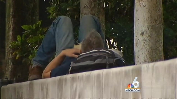 [MI] 90 Year Old Cited for Feeding Fort Lauderdale Homeless