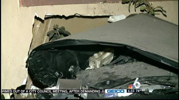 [MI] Car Slams Into North Miami House