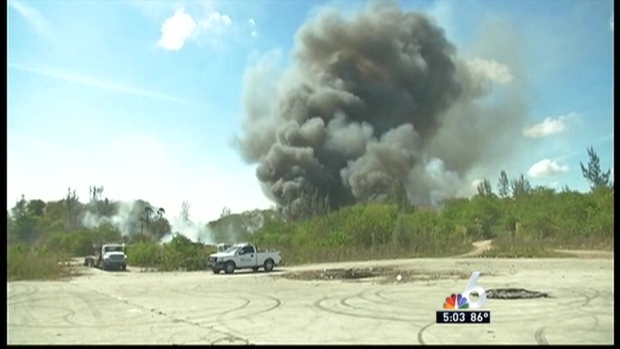 """[MI] Firefighters Employ """"Watch and Wait"""" Mode in Hialeah Brush Fire"""