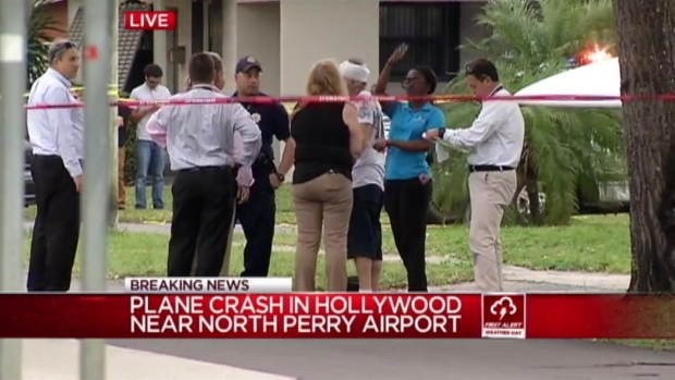 [MI] Small Plane Crashes in Hollywood Neighborhood
