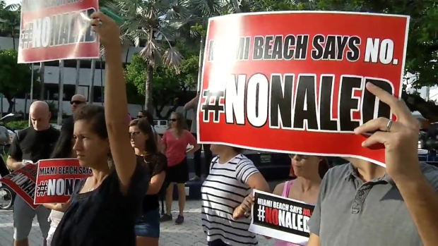 [MI] Protests Continue Over Zika Spraying on Miami Beach