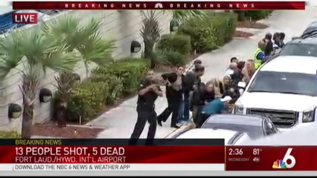 Airport shooting suspect´s brother accuses Federal Bureau of Investigation of failure