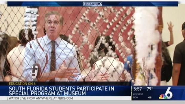 [MI] Deaf South Florida Students Particiapte in Museum Program