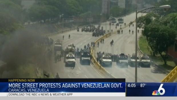 [MI] Protesters Clash With Police in Venezuela