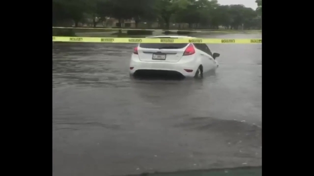 Florida flooding forces outlet mall to close for 2nd day