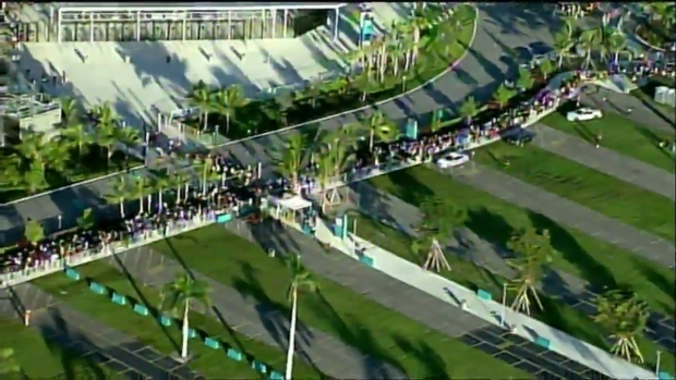 Massive Lines Continue at Food For Florida Events