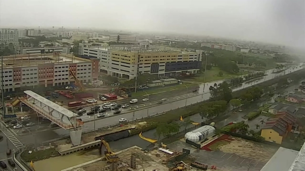 FIU Bridge Collapse - 4 Hour Gap